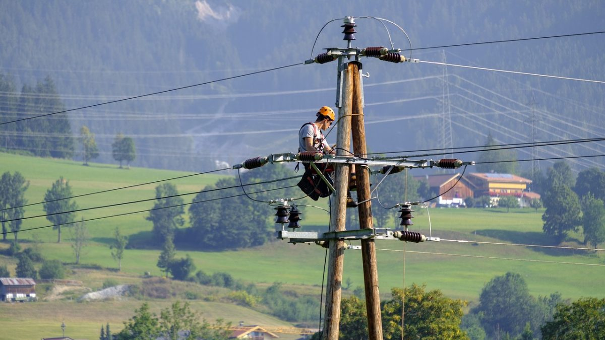 Access to Electricity Vital for Ensuring Decent Living Conditions